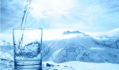 Image for HYDRATING IN THE WINTER IS IMPORTANT!