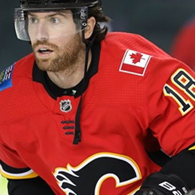 Image for Battle of Alberta takes another twist as Flames trade James Neal to Oilers for Milan Lucic