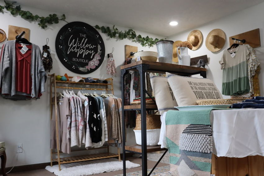 The Willow Poppy Boutique