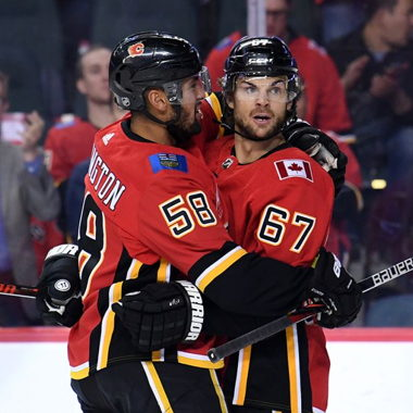 Image for Frolik's big night powers Flames to win over Flyers