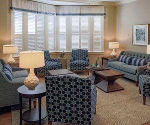 South Carolina, Living Room