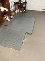5' X 7' FLOOR SCALE WITH 2 RAMPS