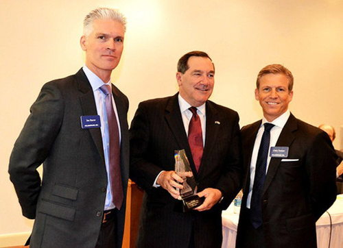 Donnelly receives award for supporting manufacturing