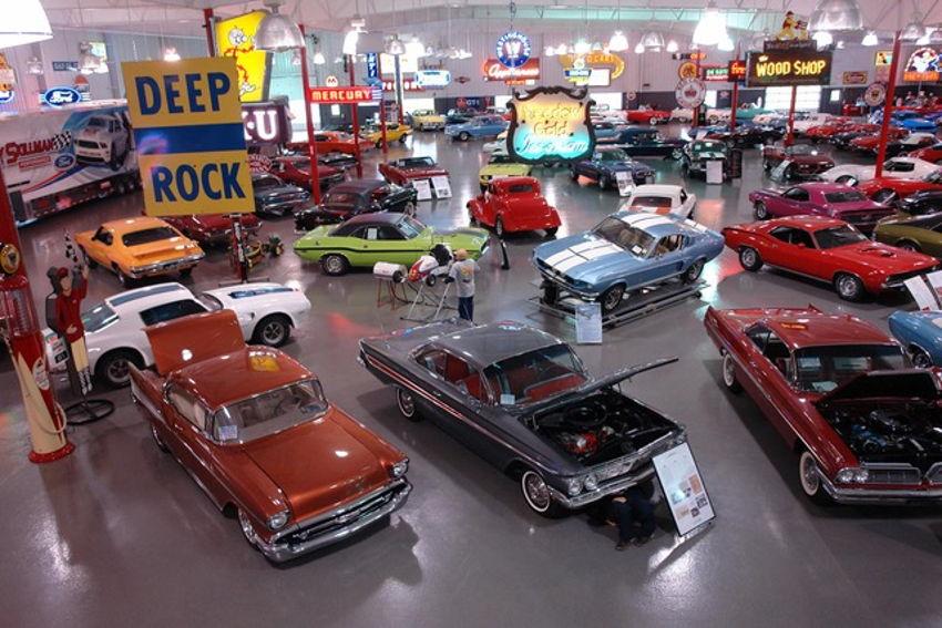 Ray Skillman Classic Car Museum - Classic car museum