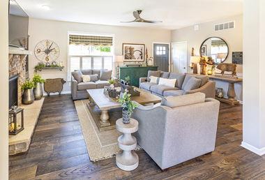 Rowe Livingroom 01