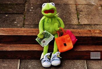 5 Ways to Combat Consumerism this Holiday Season