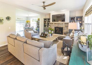 Rowe Livingroom 02