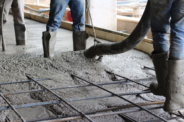 Pumping concrete
