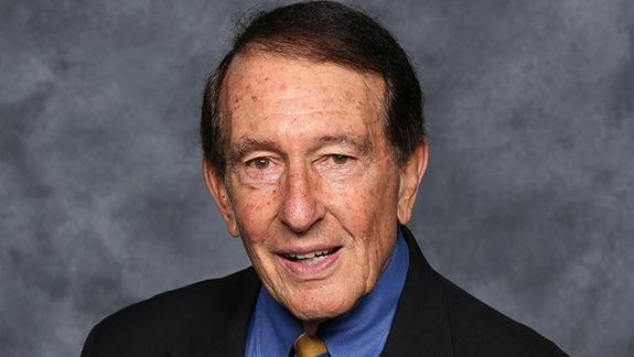 DU mourns alumnus Ed Mosher