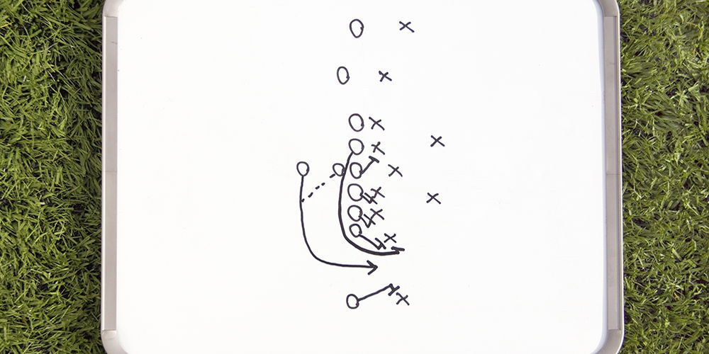 Image of football play drawing
