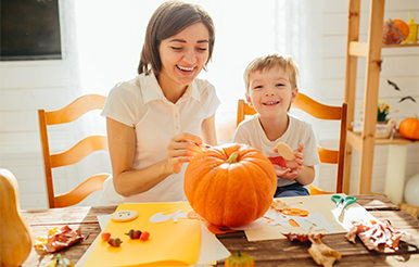Image for Three fun (and affordable) activities you can only do in fall