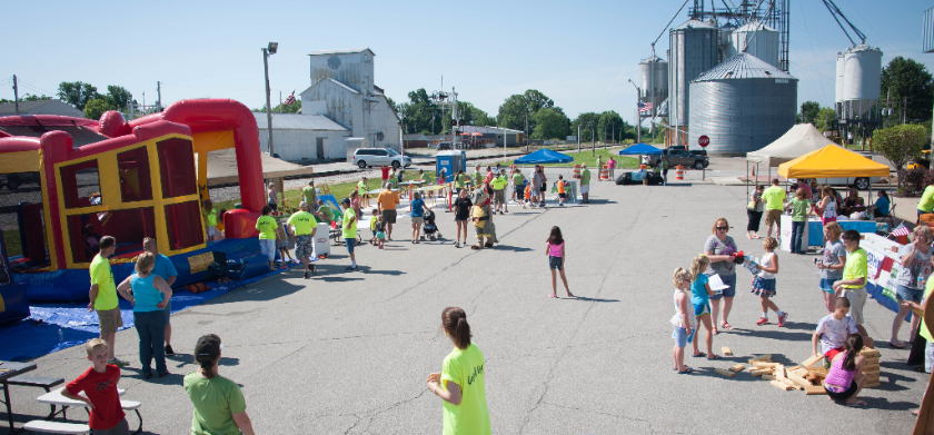 2016 Bargersville mural painting day