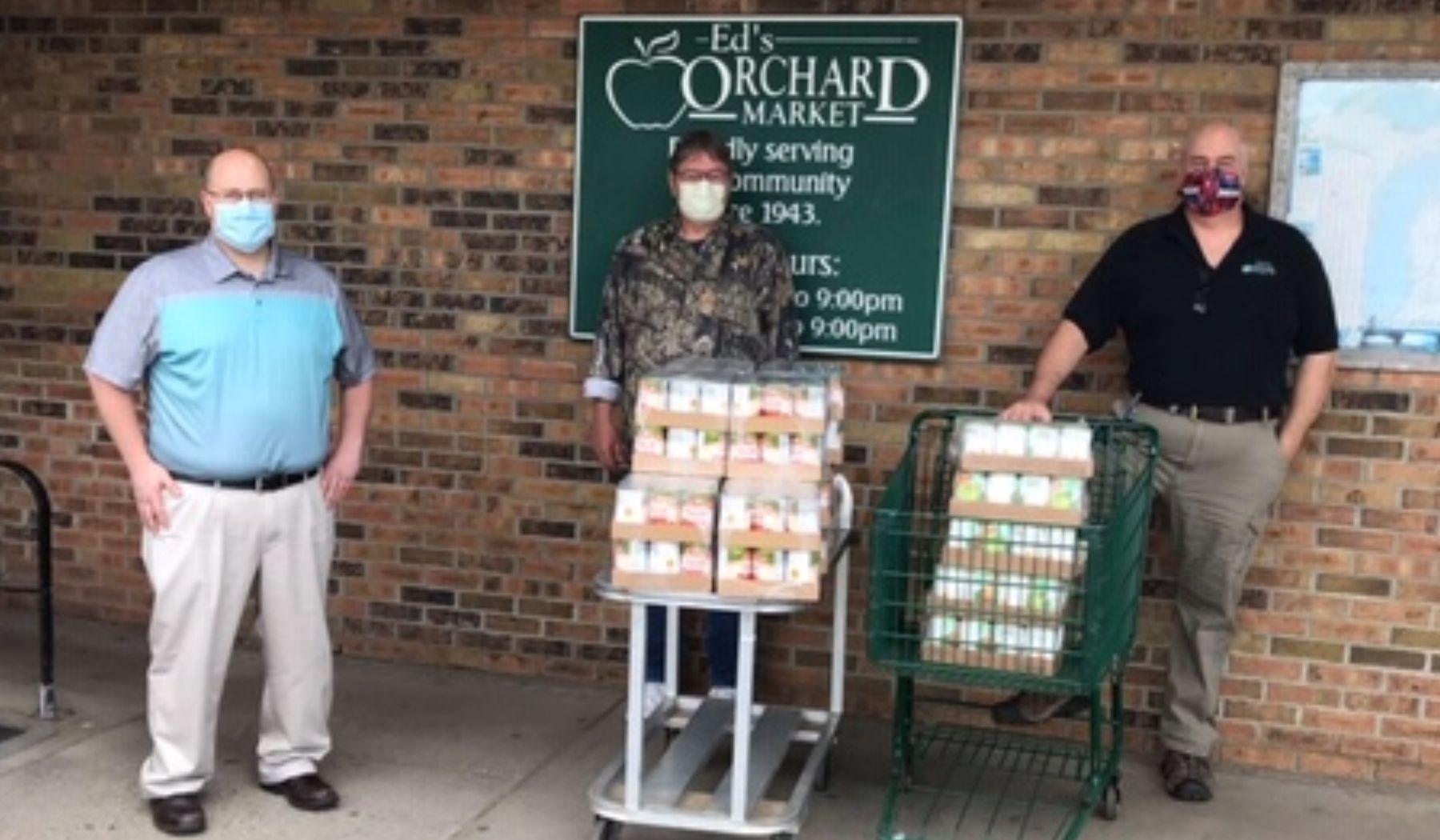 SSB Hesperia donates food