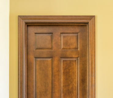 SOLID CORE DOOR WITH TOASTED CINNAMON TRIM