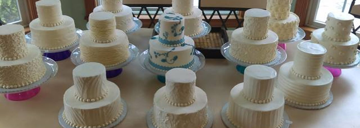 Image for Elegant Cakes and Desserts