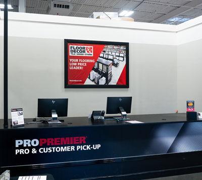 Floor & Décor Front of Store