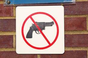 no-handgun-sign