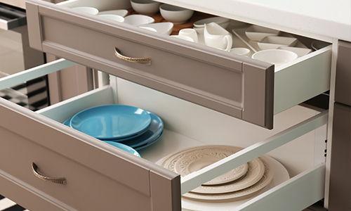 blum tandem drawer
