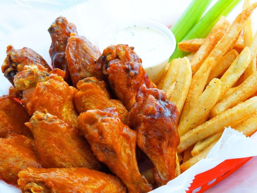 Wings Etc. Grill & Pub
