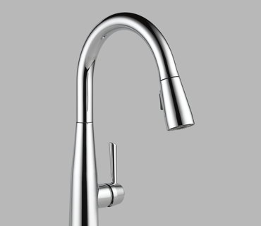 Single Handle Pull-Down Kitchen Faucet – Polished Chrome IPO Standard
