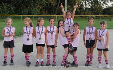 Image of a girls softball team