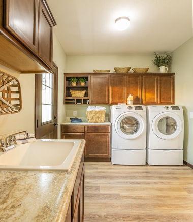 Roosevelt Laundry