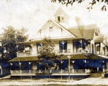 Old Town Greenwood Historic Home Tour