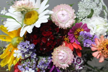 Create Your Own Bouquet Class At The Flower Farm