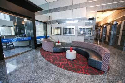 Lobby of 101 W. Ohio Street